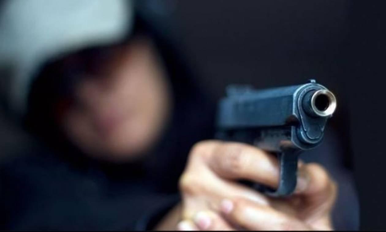 Αδιανόητο περιστατικό στη Λαμία: Πυροβόλησε συμμαθητή του μέσα στο σχολείο για τα μάτια κοριτσιού!