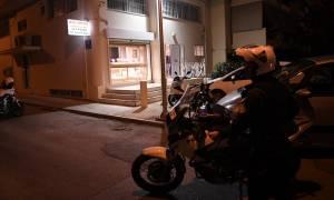 Ένοπλη ληστεία με τραυματία σε κοσμηματοπωλείο στους Αγίους Αναργύρους