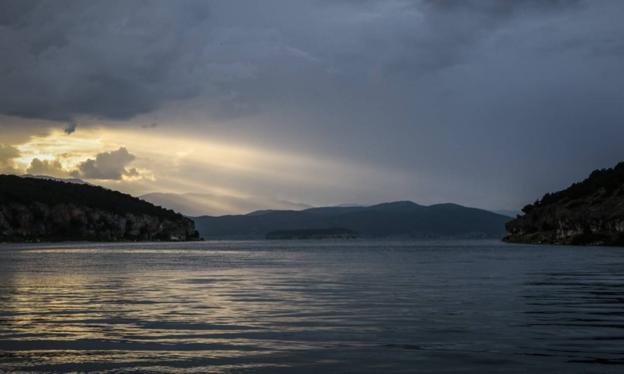 Καιρός: Με νεφώσεις, σκόνη και τοπικές βροχές η Δευτέρα - Πού θα σημειωθούν τα φαινόμενα (pics)