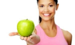 Δίαιτα: 5 φρούτα που πρέπει να αποφεύγετε & με ποια να τα αντικαταστήσετε (pics)