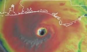 Συγκλονιστική φωτογραφία του Σάκη Αρναούτογλου για τους 5 τυφώνες που έπληξαν τον πλανήτη