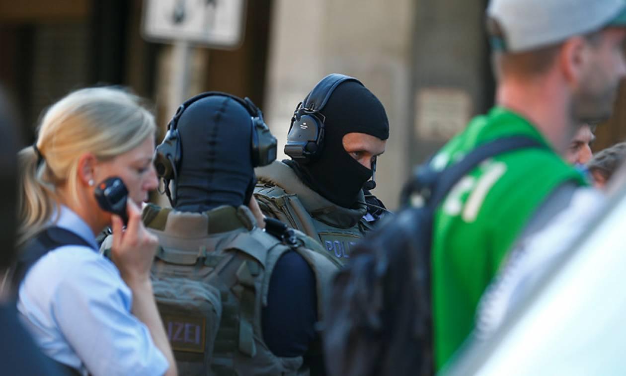 Γερμανία: Συγκλονιστικές λεπτομέρειες και «άρωμα» τρομοκρατίας στην ομηρία στον σιδηροδρομικό σταθμό