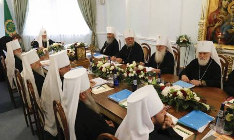 Russian Orthodox Church breaks off relations with Ecumenical Patriarchate over Ukraine church