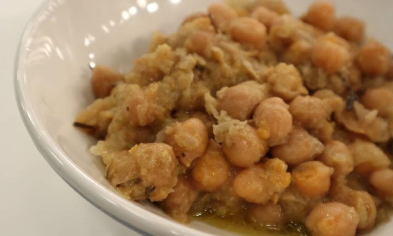 Η συνταγή της ημέρας: Σιφνέικη ρεβιθάδα