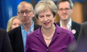 Brexit: Σε ενότητα καλεί τους υπουργούς της η Μέι ενόψει της Συνόδου Κορυφής