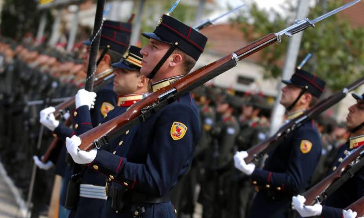 Αναδρομικά επιδόματα εορτών και αδείας 2.500 ευρώ διεκδικούν οι ένστολοι