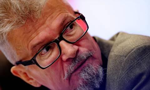 Помощник Эдуарда Лимонова сообщил, что писатель находится в удовлетворительном состоянии