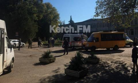 Взрыв произошел в колледже в Керчи, есть погибшие