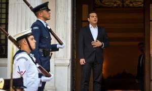 Ραγδαίες εξελίξεις: Εν αναμονή δήλωσης Τσίπρα μετά την παραίτηση Κοτζιά