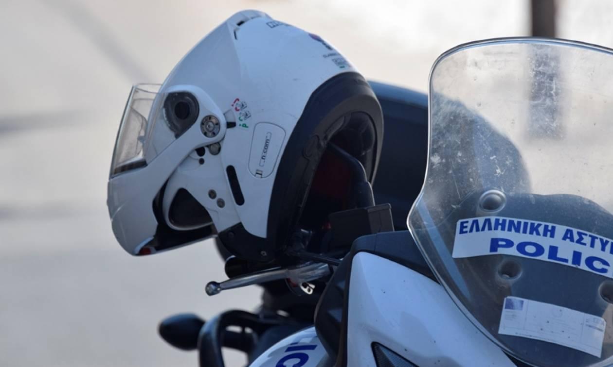 Σοκ στη Νίκαια: Δεμένος και χτυπημένος βρέθηκε αστυνομικός σε διαμέρισμα
