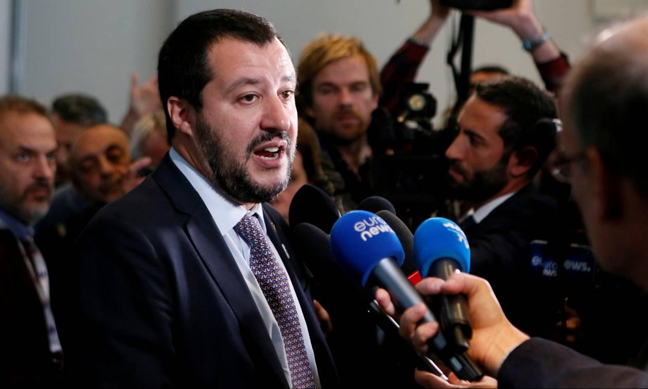 Ο Σαλβίνι εξετάζει το ενδεχόμενο να είναι υποψήφιος για την προεδρία της Κομισιόν