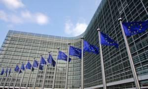 «Κόλαφος» η Κομισιόν για τον ιταλικό προϋπολογισμό: «Άνευ προηγουμένου απόκλιση» - Έξαλλος ο Σαλβίνι