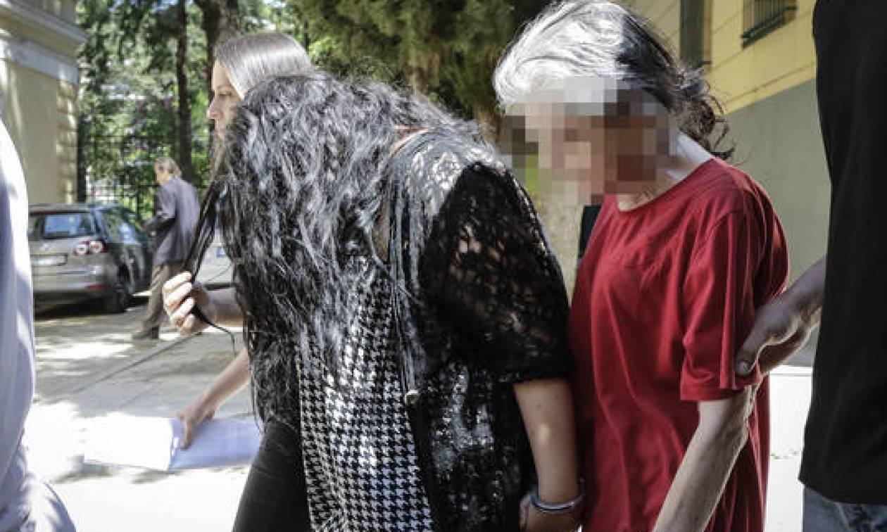 Πετρούπολη: Ζητά να αποφυλακιστεί η 19χρονη που σκότωσε το παιδί της και το πέταξε στα σκουπίδια