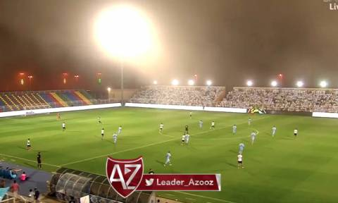 Απίστευτες εικόνες με αμμοθύελλα να διακόπτει ματς στην Σαουδική Αραβία (videos)