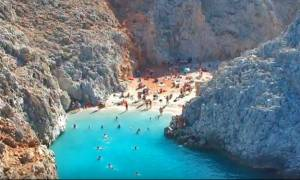 Drone βιντεάρα μας ταξιδεύει σε 4 από τις εντυπωσιακότερες παραλίες της Κρήτης