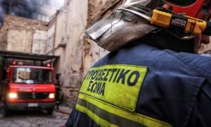 Φωτιά ΤΩΡΑ σε ψητοπωλείο στο κέντρο της Αθήνας