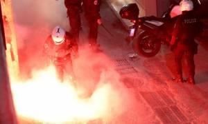 ΟΦΗ – Ολυμπιακός: Νέα ένταση και φωτοβολίδες στην αστυνομία! (photos)