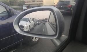 Κίνηση στους δρόμους: Σε ποια σημεία παρατηρούνται μεγάλες καθυστερήσεις