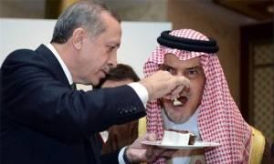 «Τζάμπα μάγκας» ο Ερντογάν: Δολοφόνησαν τον Κασόγκι κάτω από τη «μύτη» του και εκείνος στάζει «μέλι»