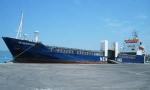 Θρίλερ στο Μυρτώο Πέλαγος: Φορτηγό πλοίο προσέκρουσε σε βραχονησίδα ανατολικά της Μονεμβασιάς