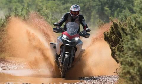 Η Ducati Multistrada δεν κρατιέται για off road και περιπέτεια