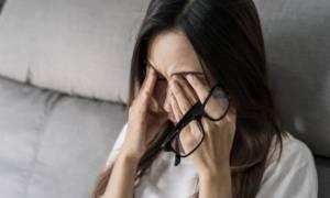 Τρίβετε τα μάτια σας; 7 σοβαροί κίνδυνοι για την όραση (φωτο)