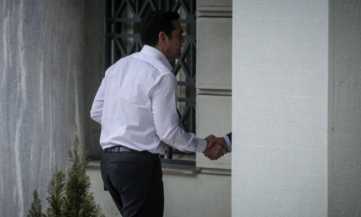 Τσίπρας: Με κατάθεση σχετικού νομοσχεδίου στη Βουλή η επέκταση της αιγιαλίτιδας ζώνης