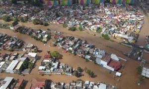 Ο τυφώνας Ουίλα σαρώνει το Μεξικό: Συγκλονιστικές εικόνες (pics+vid)