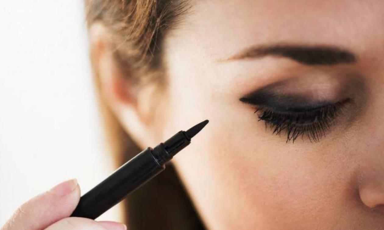 Οι 3 τεχνικές για άψογο cat eye makeup που πρέπει να δοκιμάσεις
