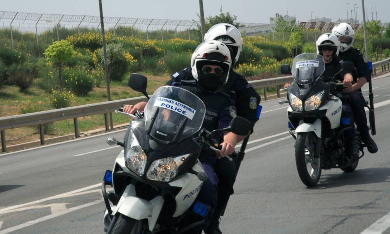 Καταδίωξη στην Αθηνών -Λαμίας: Πιάστηκαν οι ληστές που έσπαγαν παράθυρα αυτοκινήτων