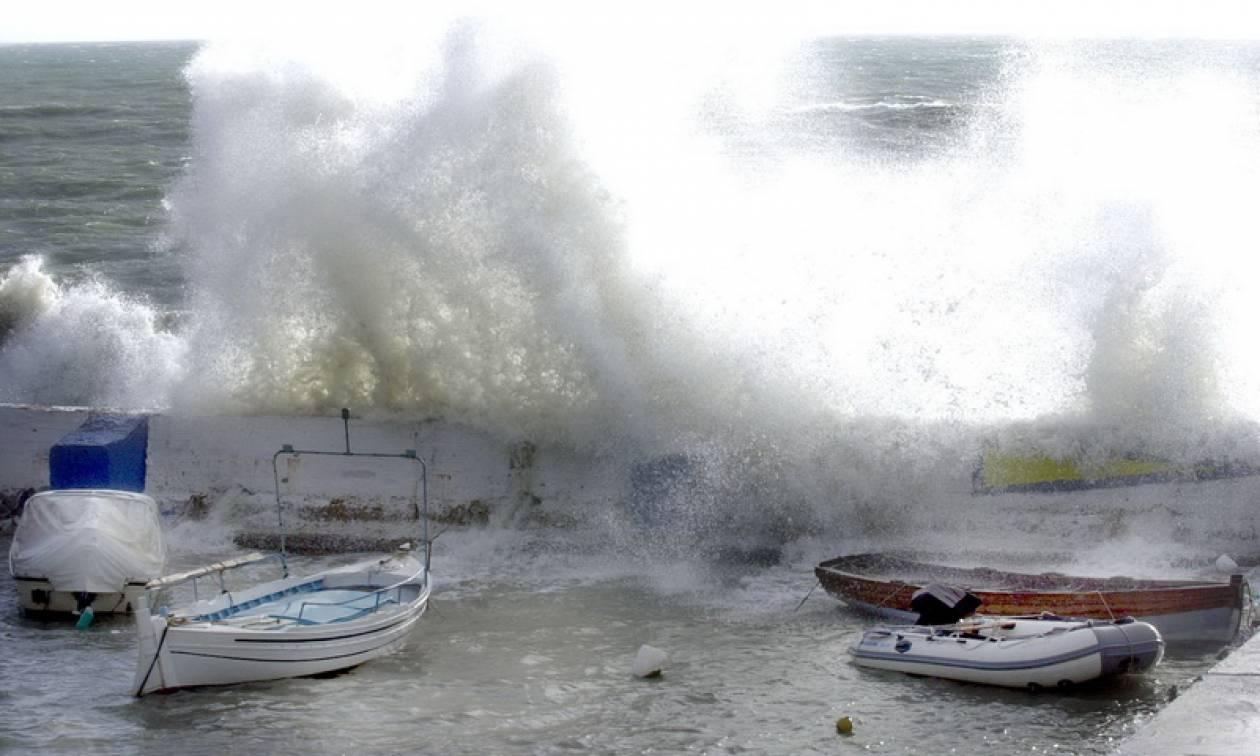 Καιρός τώρα: Θυελλώδεις άνεμοι σαρώνουν τη χώρα - «Βουτιά» της θερμοκρασίας (pics)