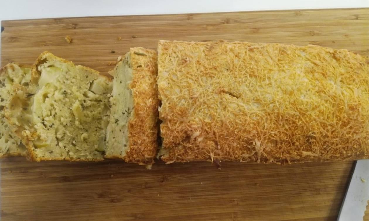 Η συνταγή της ημέρας: Ψωμί με δενδρολίβανο και μήλα