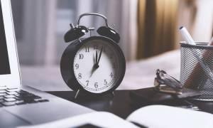 Αλλαγή ώρας 2018: ΠΡΟΣΟΧΗ - Μία ώρα πίσω οι δείκτες των ρολογιών!