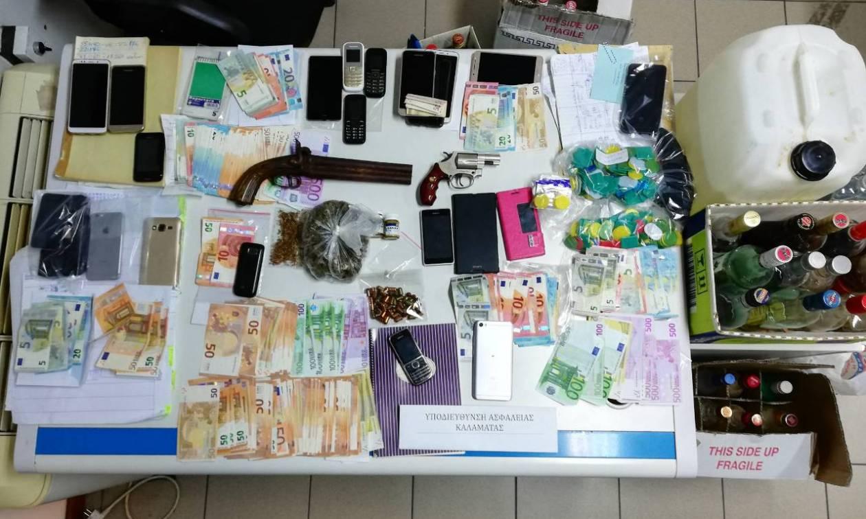 «Ροζ» κύκλωμα στην Καλαμάτα: Εμπλοκή αστυνομικών σε σπείρα σωματεμπόρων