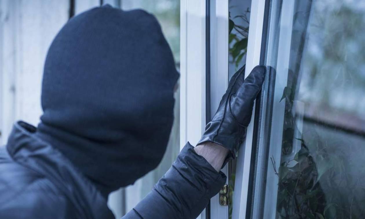 ΠΡΟΣΟΧΗ: Αν δείτε αυτά στο σπίτι σας, καλέστε ΑΜΕΣΩΣ την Αστυνομία! (video)
