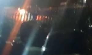 Βίντεο ντοκουμέντο: Τα πρώτα δευτερόλεπτα μετά την πτώση του ελικοπτέρου του ιδιοκτήτη της Λέστερ