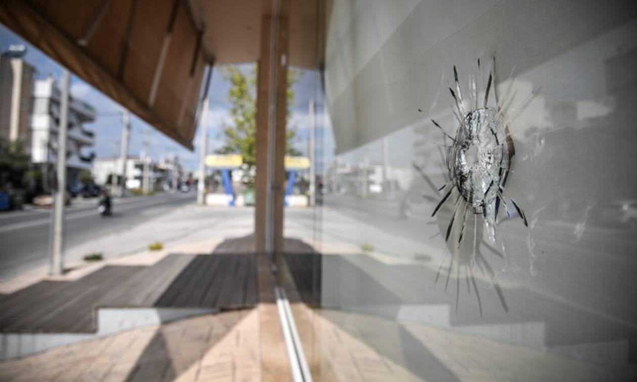 Συμπλοκή Ελλήνων – Αλβανών στο Γέρακα: Οχτώ συλλήψεις, όπλα και ναρκωτικά