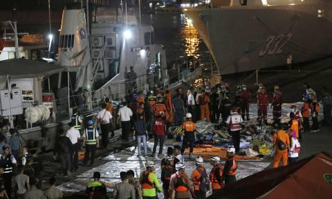 СМИ: в Индонезии на месте крушения Boeing обнаружили тела 10 погибших