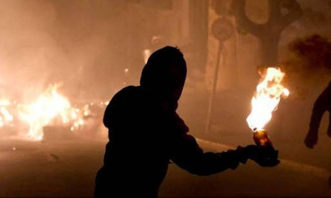 Συναγερμός στο κέντρο της Αθήνας: Επίθεση με μολότοφ σε αλβανικό τουριστικό γραφείο