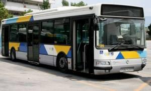 Τρόμος στα λεωφορεία: Επιθέσεις με πέτρες και αεροβόλα σε Συγγρού και Αγίους Αναργύρους