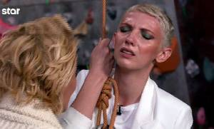 GNTM: Η Έλντα πήγε να λιποθυμήσει και ζητούσε κλαίγοντας να κατέβει! Τι συνέβη;