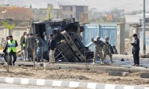 Αφγανιστάν: Επτά νεκροί σε επίθεση βομβιστή-καμικάζι που είχε στόχο λεωφορείο