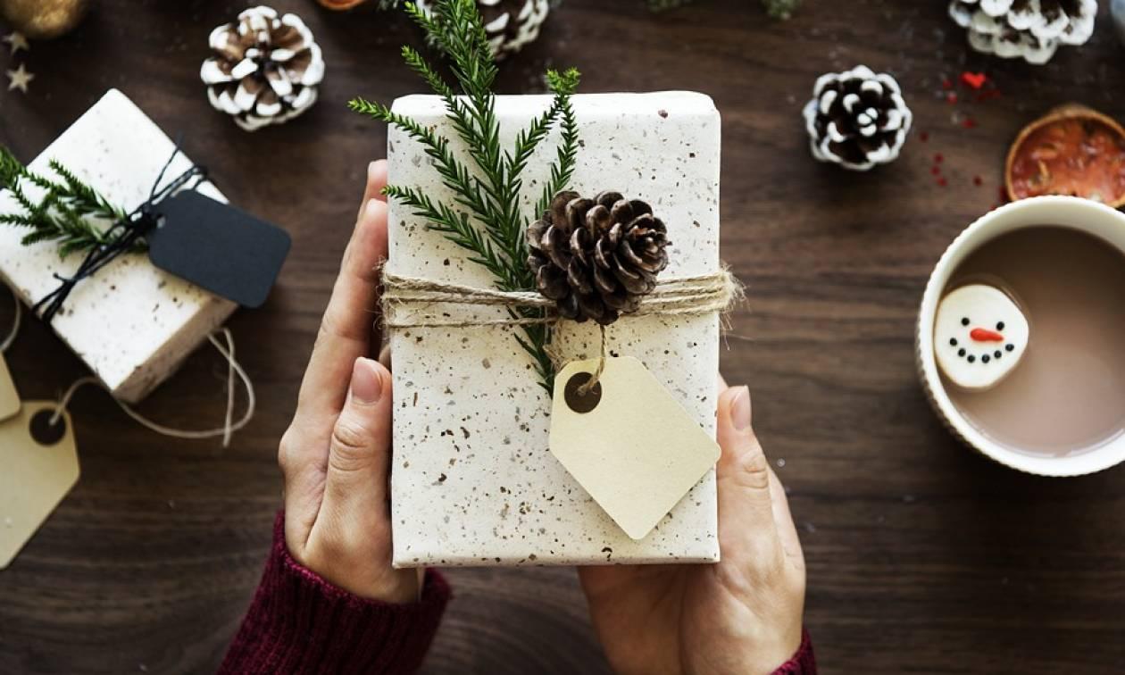 Χριστούγεννα - Πρωτοχρονιά: Ποιες είναι οι αργίες και ποιες οι εργάσιμες ημέρες