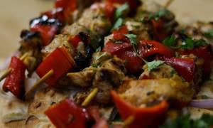 Η συνταγή της ημέρας: Χοιρινά σουβλάκια