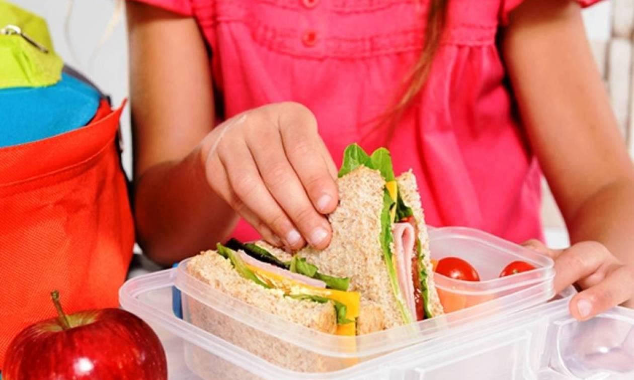 Σχολικά γεύματα: Ξεκινά σήμερα (5/11) η διανομή σε 153.244 μαθητές όλης της χώρας