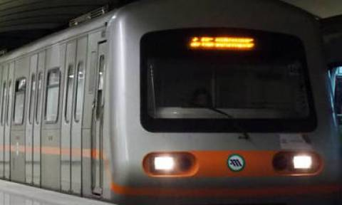 Direct metro connection to Athens airport resumes on Saturday (10/11)
