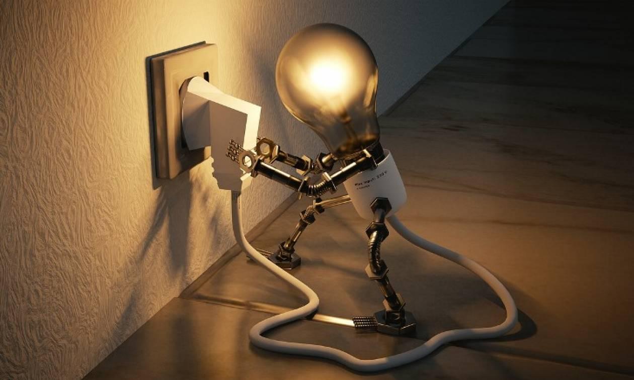 Ηλεκτρικό ρεύμα: Ποιοι θα δουν έκπτωση στους λογαριασμούς τους