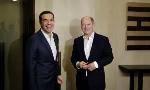 Το tweet του Τσίπρα για τη συνάντηση με Σολτς: Τι συζήτησαν οι δύο πολιτικοί