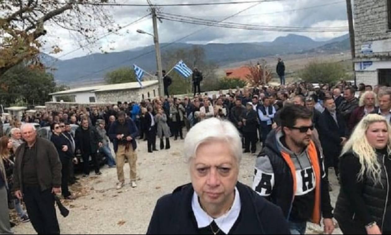 Αυτή είναι η Κύπρια που θεωρείται ανεπιθύμητη στην Αλβανία: Δείτε γιατί (pics)