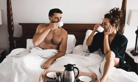 Πόσο σεξ τελικά είναι αρκετό; Μία νέα έρευνα έρχεται να σου λύσει τις απορίες